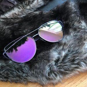 Accessories - Trendy mirror aviator sunglasses